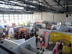 Fachmesse für Ausbildung und Studium im Hugo Junkers Hangar